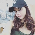 Cali Logan  - @calilogan profile picture