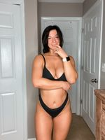 EM🤍  - @theamerican_honey profile picture